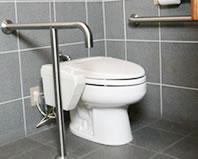 身体障害者向け個室トイレ